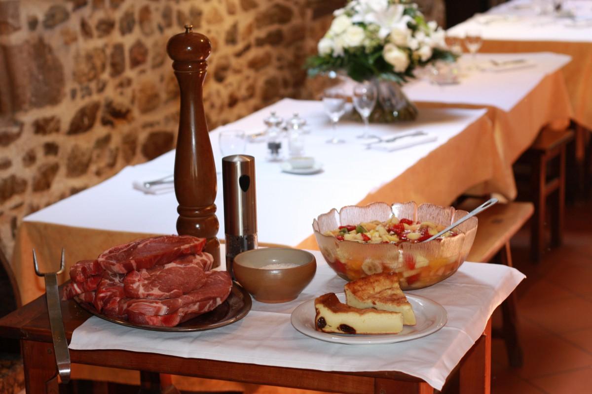 Restaurant les marchands la guerche de bretagne 35 - Piscine de la guerche de bretagne ...